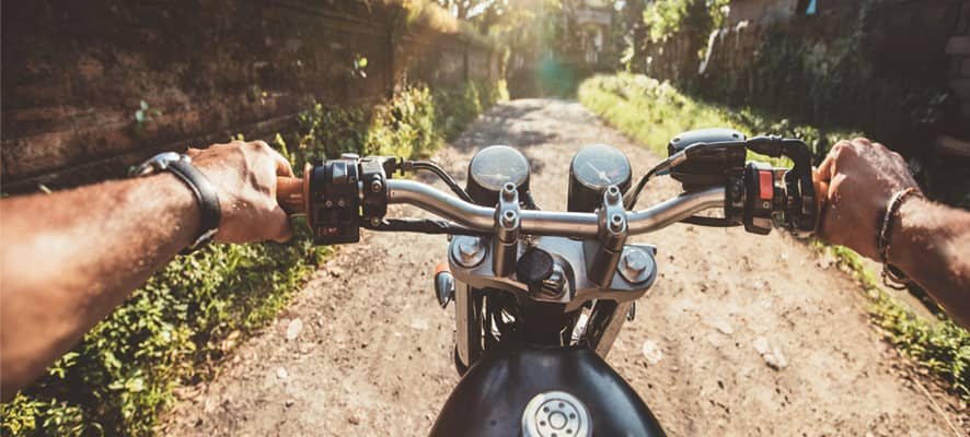 Top-10-Motorcycle-Safety-Tips-for-Riders